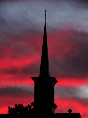 Venice Presbyterian Church' steeple at sunrise